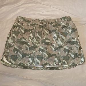 Slazenger green camo golf skirt